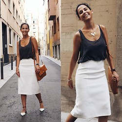 Milagros Plaza -  - Summer working look