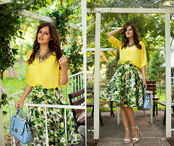 Viktoriya Sener - Tb Dress Midi Skirt, Tb Dress Bag, H&M Blouse, Mango Sandals - SECRET GARDEN