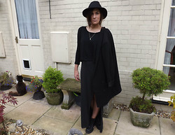 Charlotte Smith - Monki Blazer, Pull & Bear Jumper, H&M Maxi Dress, Asos Boots - Witchy