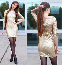 Ariadna M. - Tfnc London Gold Sequined Dress - Gold sequins