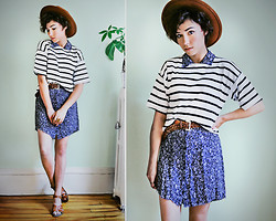 Sophia Mayrhofer - Banggood.Com Stripe Short Sleeve Cotton T Shirt, Modcloth Saltwater Sandals, H&M Wide Brim Hat, Thrifted Woven Leather Belt, Thrifted & Altered Floral Collar Dress - Summer print mixing