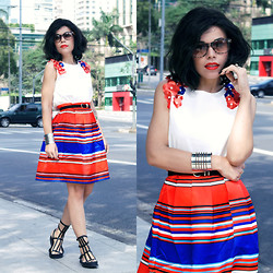 Priscila Diniz - Blouse And Skirt, Bamboo Sunglasses, Red Lipstick, Bracelet, Sandal, Custom Made Long Bob Wig - Fleur