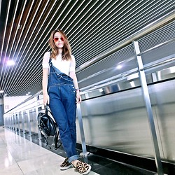 Annabelle Lao -  - Denim jumpsuit for airpot