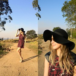 Gleyce Sbrissa - Authoria Leopard Dress, Topshop Hat - Like a drum baby don't stop beating...