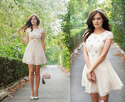 Viktoriya Sener - Chi Dress, Koton Clutch, Koton Pumps - TENDERNESS
