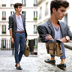 "Matthias C. - Asos Chino, River Island Paisley Wool Blazer, Clarks Holdall Bag, Blue Loafers, Aeon Attire Croco Like Leather Watch, V Neck T Shirt, Bonobo Jeans Belt - ""Malée"""