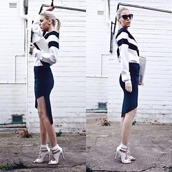 Holly Waanderland - Missguided Sweat Shirt, Missguided Skirt, Missguided Heels - Miss Monochrome