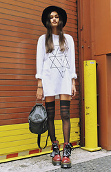 Gizele Oliveira - Topman Sweater, H&M Hat, Unif Backpack, Dr. Martens Boots - Nycx