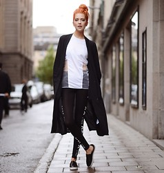 Ebba Zingmark - Junkyard Xx Xy Coat, Let Them Stare Top, Junkyard Tights, Dkny Shoes - DON'T WASTE TIME - MBFW Stockholm