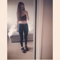 Jessica Belshaw - Topshop Lace Bralet, Topshop Joni Jeans, Topshop Boots - So long see you tomorrow.