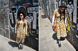 Libertad G - Vintage Sunflowers Dress, H&M Black Hat, Topshop Brown Bag, Forever 21 Cat Eyes - Grunge Sunflowers