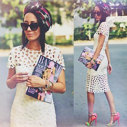 Paris Sue - Jessicabuurman Heels, Prada Sunnies - Each day is a page in your fashion story..