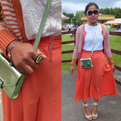 MyStyleStories X - H&M Metallic, Vintage Carboot, Russell & Bromley Tied Up, Primark Knitwear - Transitional Outfit
