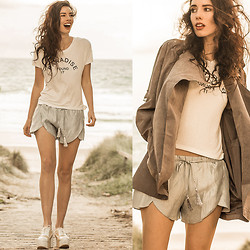 Elle-May Leckenby - Style Moi Paradise, Found It T, Style Moi Powder Blue Drawstrings Shorts, Style Moi Hooded Light Weight Jacket - Paradise, found it :)