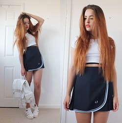 Amelia Breading - Fred Perry Tennis Skirt, Primark Backpack - FRED PERRY // LOOK 200!