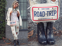 Alanna Durkovich - Gypsy Warrior Distressed Denim, Aldo Bag, Ariat International Versant Boot, Top Knot Goods Muscle Tee - New York