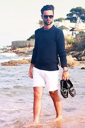 Stéphane Mirão (Smira-Fashion.com) - Persol Sunglasses, Zalando Collection Sweater, H&M Short, Swatch Watches, Zara Moccasins - Beach Waves - Sainte Maxime
