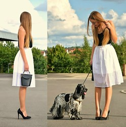 Jessica N. - Valentino Bag, Jumex Pumps, Willi Dog, Zara Skirt - Black and White