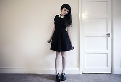 Amy Souter - Dorophy Perkins Black Peter Pan Collar Dress, New Look Patent Shiny Black Shoes - We Only Wear Black On Wednesdays