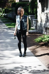 Joy Y - Zara Denim Vest, J. Crew Chelsea Boots, Ray Ban Clubmaster Sunglasses - THRIFTED DENIM