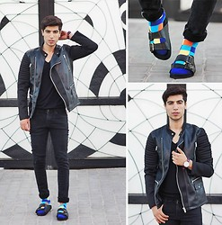 Ayoub Mani - Zara Jacket, Topman Tshirt Top Man, Cheap Monday Jeans, Socks Minga Berlin, Watches Daniel Wellignton, Choies Sandalat -  but we shared a moment that will last till the end