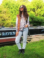 Jess A - Shop Jessthetics Vintage Shirt, Asos Mom Jeans, New Look Chelsea Boots, Car Boot Vintage Waistcoat, Asos Sunglasses - Along the Canal