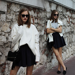 Karolina Sabała -  - White fluffy sweater + blue skirt