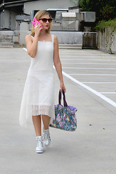 Valeria Arizzi - Tidebuy Crochet Dress, Tidebuy Wedge Sneakers - Parked outside the fashion arena, (not) talking on the phone