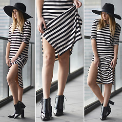 Friend in Fashion * - The Fifith Stripe, S E N O Lace Up, Oversized - THE STRIPE DRESS