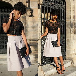 Nailah Ali - Forever 21 Sheer Embroidered Crop Top, H&M Crinkled Skirt (Only Black Available), Forever 21 Faux Suede Strappy Sandals - Black Lace
