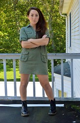 Siobhan Says - Old Navy Green Smock - Certain Shade of Green