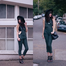 Kacie Cone - Free People Corduroy Overalls, Free People High Neck Seamless Crop, Report Signature Prescott Heels - Corduroy