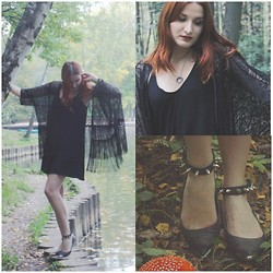 Corinne Noir - Asos Black Crochet Lace Fringe Kimono, Romper Black Sabbath, Nasty Gal Spiked Shoes, Bloodmilk Hecate Necklace - Like a witch
