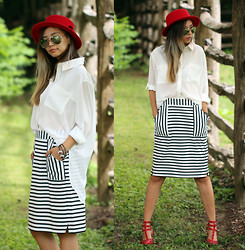 Queen Horsfall - Oasap, Blackfive Striped, Haute Rogue, Blackfive - Striped Skirt
