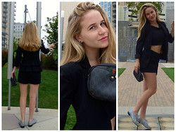 Arielle K - Dkny Blazer, Miss Selfridge Crop Top, H&M Shorts, Gucci Clutch, Repetto Oxfords - If I Were to Dance in Oslo