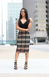 Mayte Doll - Mr. Gugu & Miss Go Black Bodysuit, Plaid Skirt, Heels - Bodysuit and plaid midi skirt