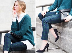 Gabrielle Lacasse - Twik Knit, Vintage Purse, Smart Set Plaid Pants, Call It Spring Heels, 424 Fifth White Shirt - Knit season