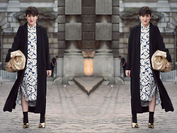 LOLLI MAHON - Warehouse Graphic Printed Dress, Asos Duster Coat - LONDON FASHION WEEK SS15: DAY 1.