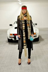 Fashiontwins - Christian Louboutin Shoes, Asos Cardigan, H&M Scarf, Claire's Bag - American rock
