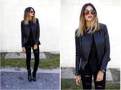 Danielle DeHardt - Glamorous Leather Jacket, Ami Clubwear Pants, Ami Clubwear Heeled Booties, Soul Shoetique Sunglasses - Noir