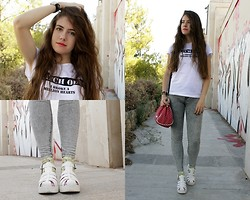 Mariana Moratalla - New Look Shoes, Oasap Pop Corn Socks, Pulll&Bear T Shirt - After school