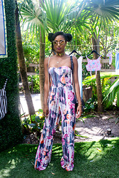 Ria Michelle - Tom Ford Nastasya Cat Eye Sunglasses, Asos Bandeau Jumpsuit In Blurred Floral Print - Asos #EpicSummer