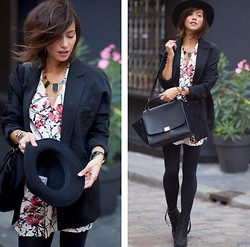 Zoé Alalouch - Céline Bag, Mango Blazer, Acne Studios Boots, House Of Harlow Necklace - HELLO OCTOBER