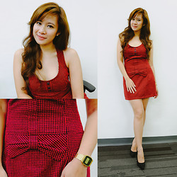 Jannelle O. - Zara Red Dress, Charles & Keith Black Heels - Little Red Dress