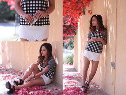 Maria Cheble - Topshop Checkered Top, H&M Skort, Stradivarius Sandals -  Black and white dream