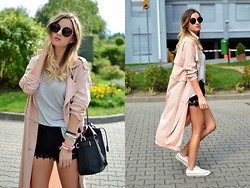 Kasia Z. - Frontrowshop Coat, Converse Shoes, Zara Bag, Romwe Shorts - PINK POWDER COAT