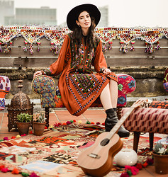 Elle-May Leckenby - Loaf Lifestyle London Vintage Gypsy Dress - Rooftop