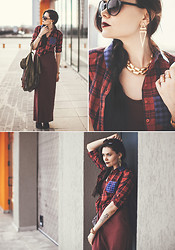 Helen Ivasiva -  - The second variation with the grungy style look
