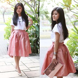 Brigitta Monique - Ivanthony Dnt Gv A Fck Shirt, Forever 21 Metallic Pink Clutch, Guess? Pointed Shoes, Pink Midi Skirt - Metallic Pink