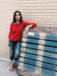 Madison S - Helmut Lang Red Oversized Sweater, G Star Denim Raw Boyfriend Cuffed Jeans - Barefoot